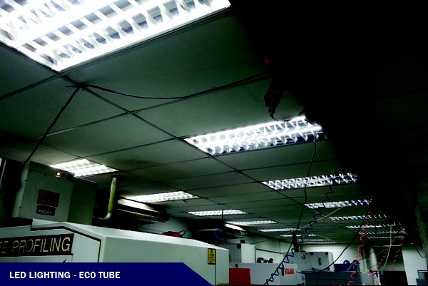 LED ECO TUBE @FACTORY PROJECT (H: 10\')